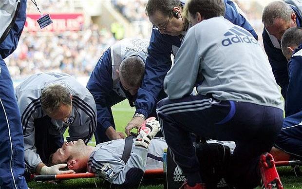 petr-cech-injury